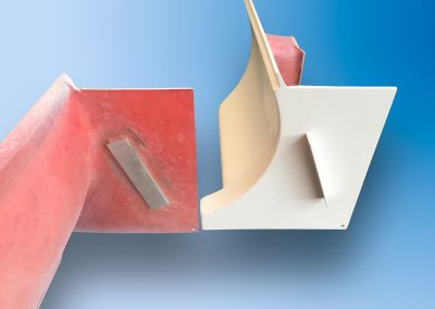 Phenolic moulding with aluminium insert